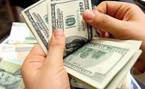 خرید و فروش دلار 5200 تومانی در بازار تبریز توسط دلالان