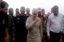حضور سردار سلیمانی در مناطق سیل زده خوزستان+ عکس