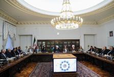 روحانی: آمریکا نمیتواند 13 آبان را به خاطره تلخ مردم ایران تبدیل کند/ افتخار نهضت اسلامی، ایستادگی رهبران انقلاب و امام آن بر استقلال کشور است