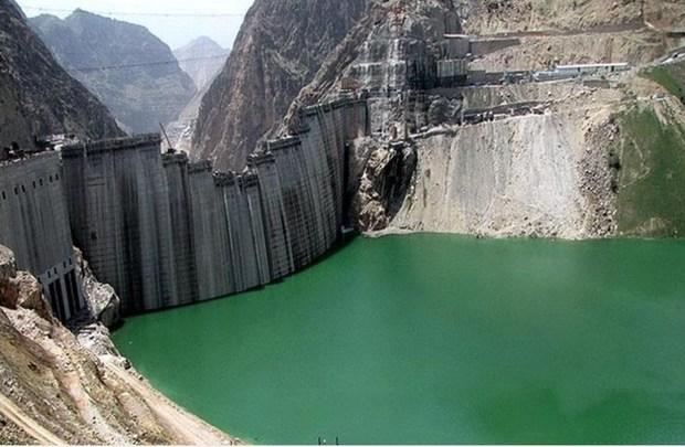 آب سد ماملو با هدف مدیریت صحیح سیلاب رهاسازی شد