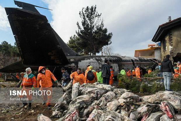 پیکر شهدای هواپیمای بوئینگ ۷۰۷ فردا تشییع میشود