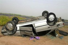 واژگونی سرویس مدرسه در کرمان یک کشته برجا گذاشت