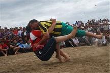 نخستین دوره رقابتهای کشتی بومی و محلی در قزوین آغاز شد
