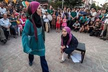 گیلان روز هنر انقلاب اسلامی صحنه نمایش خیابانی است