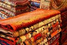 1534 تخته فرش توسط مددجویان کمیته امداد کرمان بافته شد
