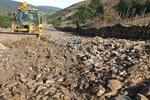 سیلاب بخشی از راه منتهی به روستای نیچکوه بخش کجور نوشهر را تخریب کرد