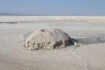 گردشگری اولویت اصلی قم در بهره برداری از دریاچه نمک است