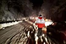 هلال احمر گیلان به 40 خودروی گرفتار در برف امدادرسانی کرد