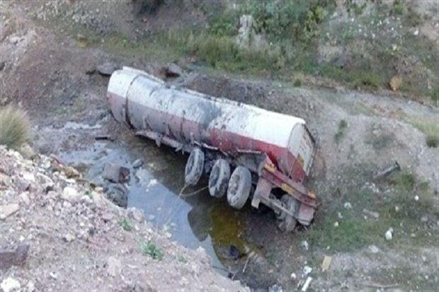 تصادف در لارستان، راننده تانکر سوخت را به کام مرگ کشاند