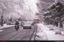 بارش برف و باران سنگین در اغلب استانهای کشور  پیشبینی کاهش ۱۵ درجهای دمای هوا   تهران یخ میزند
