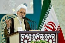 امام جمعه شیراز: ردپای منافقین در پشت پرده حوادث خیابان پاسداران دیده می شود