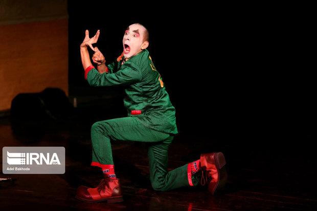 هنرنمایی یونان و ایتالیا در سومین روز جشنواره تئاتر کودک