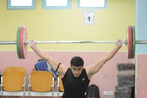 وزنهبرداری قهرمانی جوانان جهان / نقره طاهری در یک ضرب