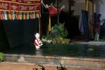 نمایش عروسکی هنرمندان ویتنامی در کاشان اجرا شد