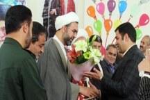 جشنواره تجلیل از خیرین مدرسهساز در 30 مدرسه مهریز برگزار شد