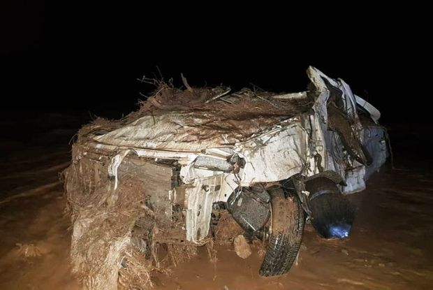 پیکر تنها سرنشین خودروی گرفتار در سیل جنوب سمنان پیدا شد