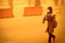 سرعت وزش باد در سیستان به 83 کیلومتر بر ساعت رسید  غلظت غبار هوا 12 برابر استاندارد