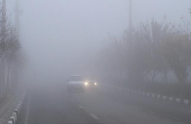 مه صبحگاهی میدان دید در آبادان را 50 متر کاهش داد
