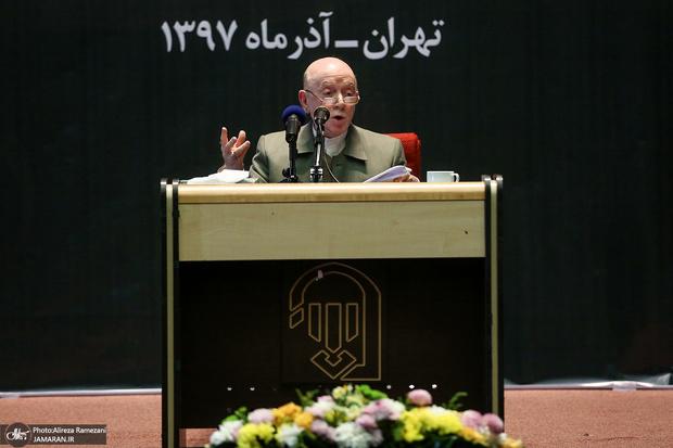 حبیبی: خط سازش با غرب محکوم است/ در برجام و سایر رویکردهای نظیر FATF هزینه های زیادی به جامعه تحمیل گردید