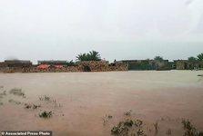 طوفان شدید شبه جزیره عربی را در نوردید+ تصاویر