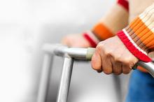 درخواست خانواده های بیماران اوتیسم، پروانه ای و جسمی حرکتی؛ تورو خدا به داد ما برسید