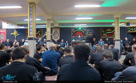 عزاداری شب هشتم محرم با سخنرانی سید احمد خمینی