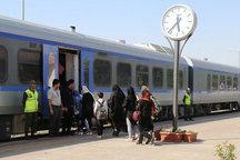 صدای سوت قطارهای گردشگری در زنجان می پیچد