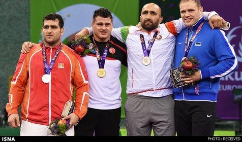 مدال نقره ملی پوش ایرانی برای کشتی آذربایجان