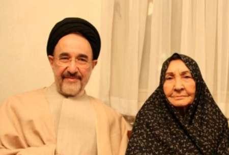 سیدمحمد خاتمی برای دیدار با مادر به زادگاه رفت