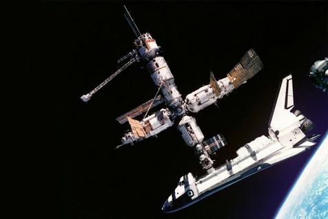 افسانه میر؛ اولین ایستگاه فضایی ماژولار بشر چگونه ساخته شد؟