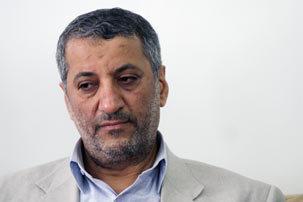 غلامعلی رجایی در رادیو گفتگو اندیشه های سیاسی امام خمینی(س) را تشریح می کند