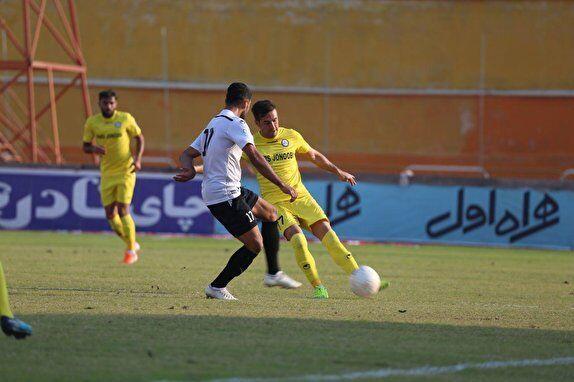 نخستین دربی لیگ برتری فوتبال بوشهر برنده نداشت