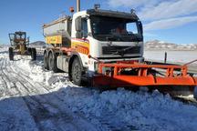 700 کیلومتر باند جاده های استان مرکزی برفروبی شد