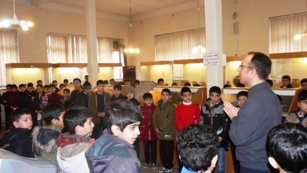 200 دانش آموز در مسابقه گزارش نویسی از موزه خوی شرکت کردند