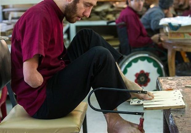 زمینه نقش آفرینی معلولان در توسعه پایدار در جامعه ایجاد شود