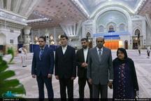 ادای احترام وزیر خارجه سریلانکا نسبت به حضرت امام(س)
