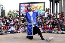 اجرای نمایش های خیابانی هفته قرآن در آرادان آغاز شد