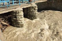 مردم از توقف در حاشیه رودخانه های کردان و برغان پرهیزکنند