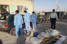 پراید حامل 160 کیلو آنغوزه قاچاق در زرین دشت توقیف شد