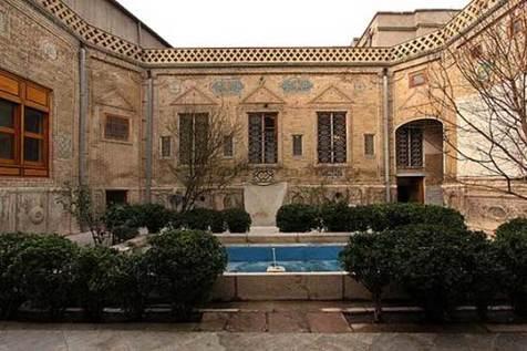 مدیر موزه ملک تهران در گفت وگو با جی پلاس، فردا موزه ها سکوت می کنند
