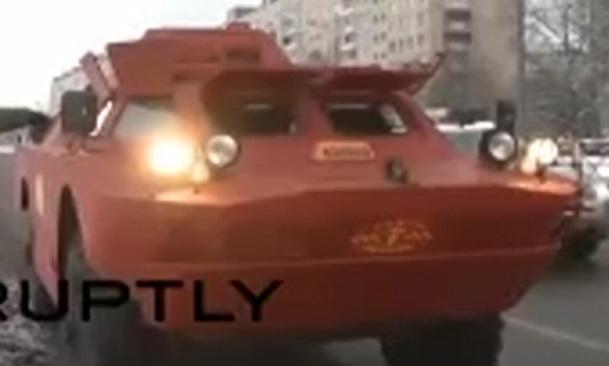 فیلم / تاکسی زرهی در سن پیترزبورگ!