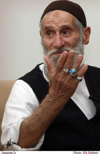 حاج احمد آقا برای امام فقط یک فرزند نبود بلکه همیشه در خدمت امام بودند
