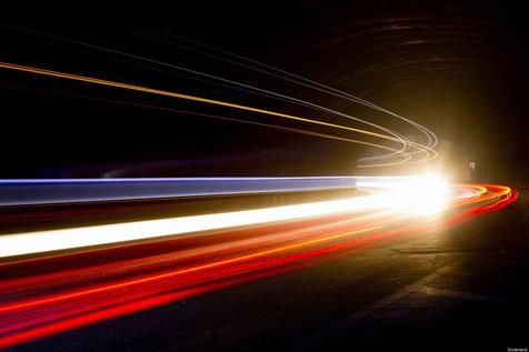 چرا نمیتوانید سفری با سرعت نور داشته باشید؟