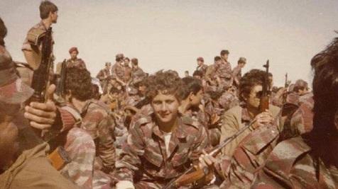 عکسی قدیمی از بشار اسد در لباس نظامی