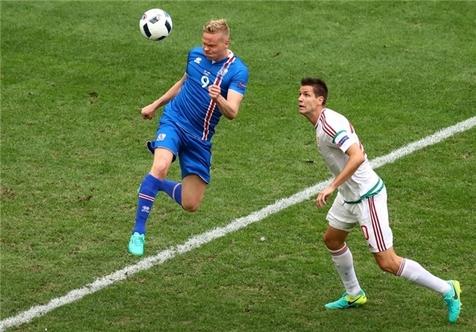 تساوی ایسلند و مجارستان؛ مجارها فعلا در صدر ایستادند