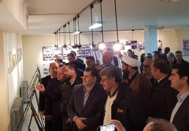 نمایشگاه عکس دستاوردهای انقلاب در پیرانشهر افتتاح شد