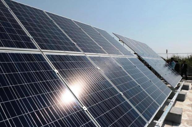 70 نیروگاه خورشیدی خانگی در هرمزگان به شبکه برق متصل شد