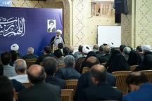 امام جمعه قزوین: اساتید مروج رسالت انبیاء الهی باشند
