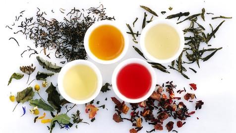 درمان یبوست با مصرف منظم 5 نوع چای