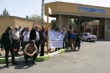 نانوایان سمنان: صدور مجوزها و قیمت نان بازنگری شود